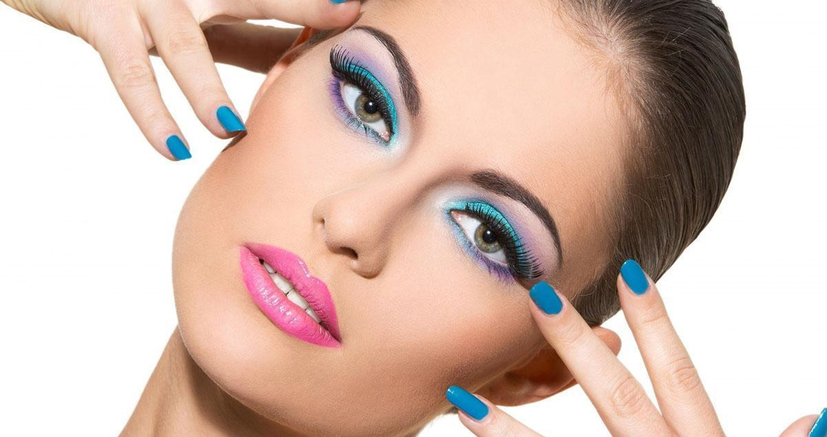 Etkileyici Göz Makyajı Nasıl Yapılır 2
